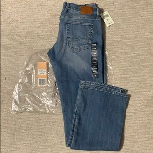 Lucky brand handcrafted jeans size 6 New 28w 32L